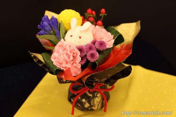 日比谷花壇のお月見ギフト そのまま飾れるブーケ「お月様とうさぎ」