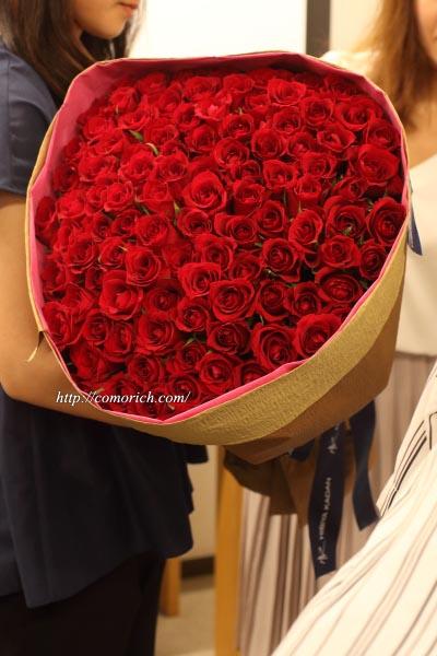 日比谷花壇 100本の赤いバラの花束「アニバーサリーローズ」