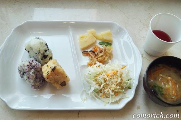 東横インホテルの朝食