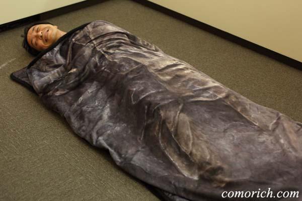 【ベルメゾンネット】スター・ウォーズ『ハン・ソロ』の凍結なりきり毛布はファン必見!