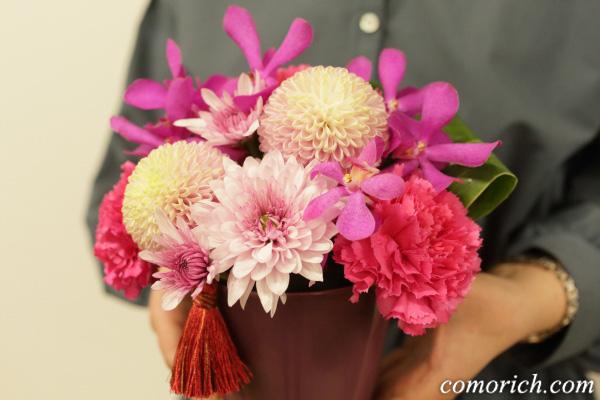 【日比谷花壇】母の日 アレンジメント「花てまり」
