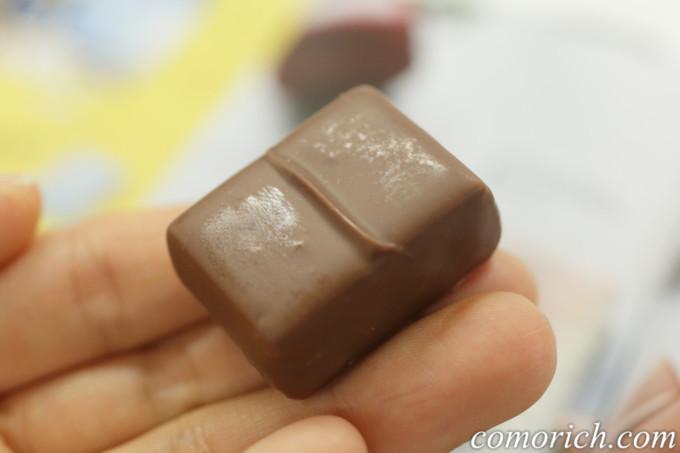 フェリシモ 幸福のチョコレート オステリアン りんごケーキチョコ