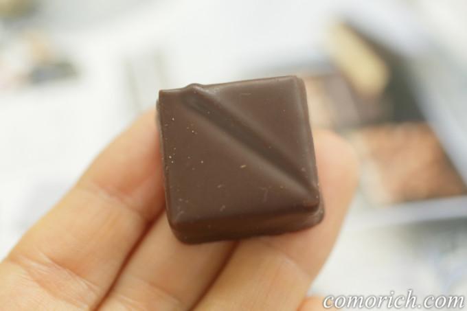 フェリシモ 幸福のチョコレート ショコラティエ ジョゼフ ビークッシュ&ゴマ