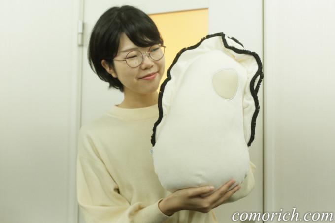 フェリシモ YOU+MORE! なぜかかわいい もっちりクッション抱っこ牡蠣