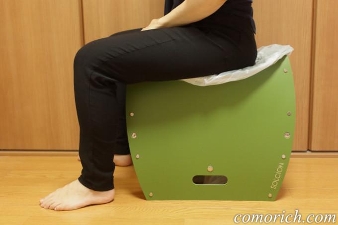パタット 災害時の簡易トイレにもなる折りたたみ椅子「PATATTO350+」